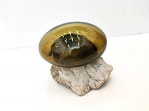 Glassy stone 10